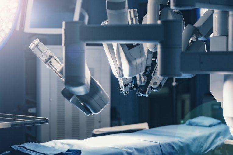 Les robots en chirurgie: le nouveau must-have des chirurgiens